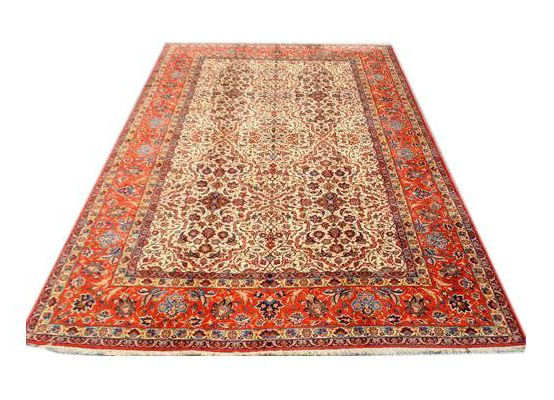Rare antique Isfahan rug, 11 x 16 1/2 feet. Estimate: $6,500-$11,500