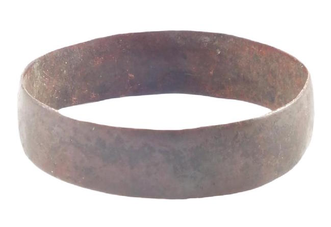 Viking Man's wedding ring, 850-1050 A.D., size 10 3/4. Estimate: $100-$150. Jasper52 image