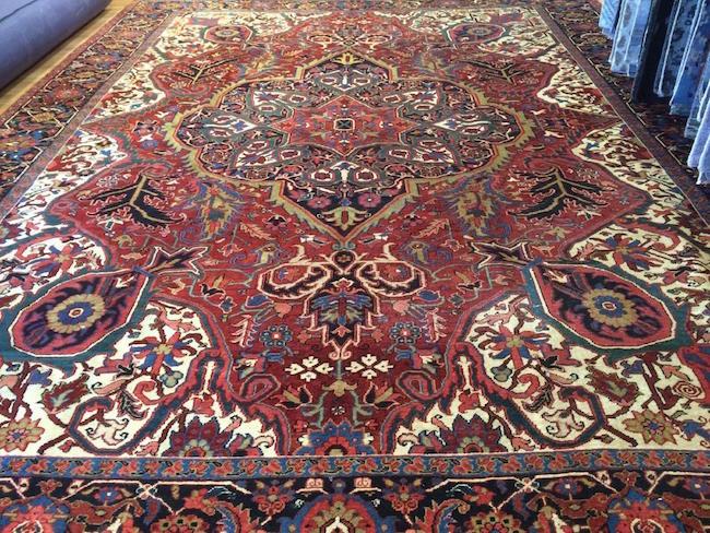 Sharabian Heriz rug, Iran, 1930s, wool, 11.4 x 14.10 feet. Estimate: $8,000-$12,000. Jasper52 image